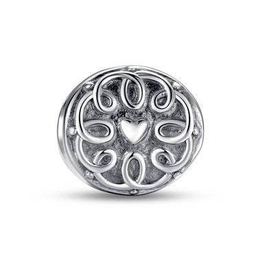 MOM MEDALLION CHARM