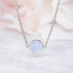 MOONSTONE CHOKER NECKLACE - ETHEREAL LIGHT