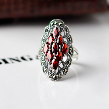 RED GARNET STERLING SILVER RING - COMPLEXED