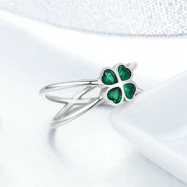 GREEN ZIRCON STERLING SILVER RING - FOUR LEAF