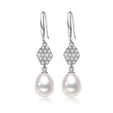 Exotic Style Pearl Earring