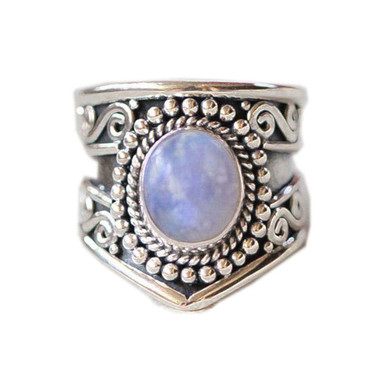MOONSTONE-RING---VINTAGE-SIGNET