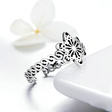 STERLING SILVER RING - SNOW FLAKE