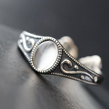MOONSTONE RING - ANCIENT