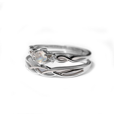 MOONSTONE RING - LOVES