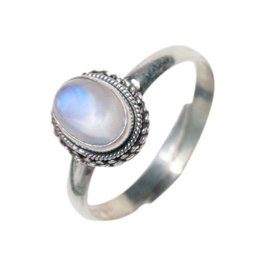 MOONSTONE RING - RETRO